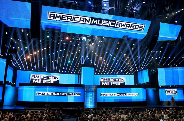 Voting for the #AMAs has officially started! Vote for your favorite artist here