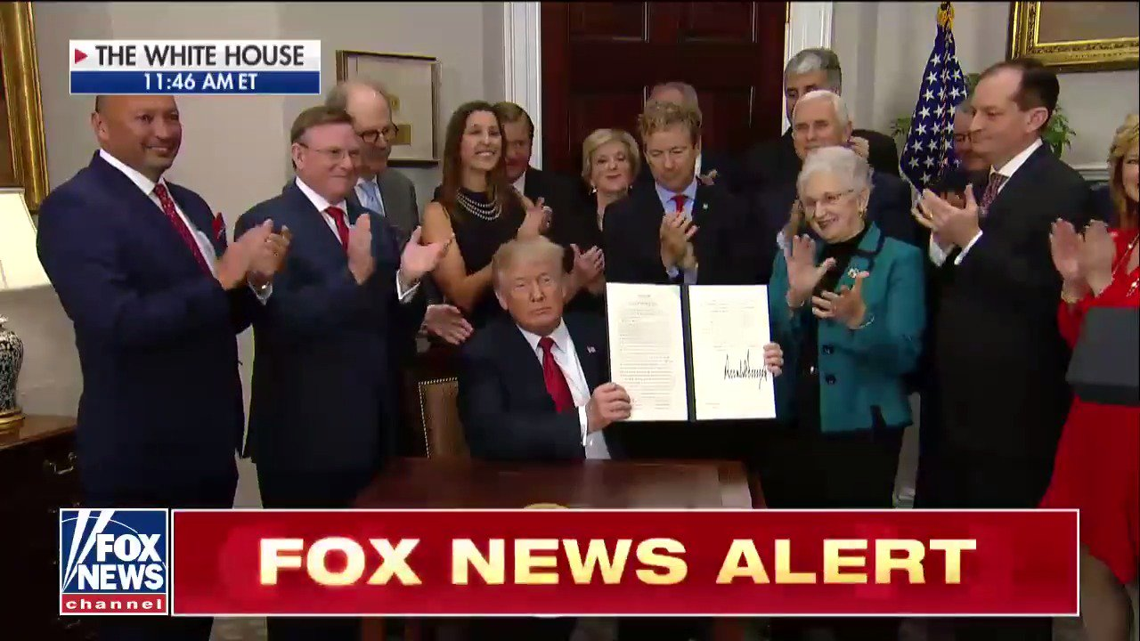 .@POTUS signs executive order on health care. https://t.co/Hs0PIEPmOg