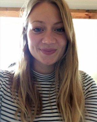 RT @PrinsesChrissie: Als laatste sterft hoop 😢  Rust zacht Anne 🕯🙏 #AnneFaber https://t.co/ZulccI7lxr