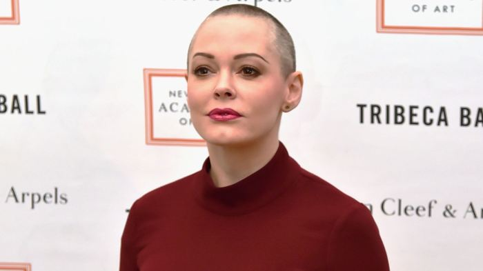 Twitter explains why @rosemcgowan's account was temporarily suspended https://t.co/7VyCblaF7E https://t.co/4WIRlrENbH