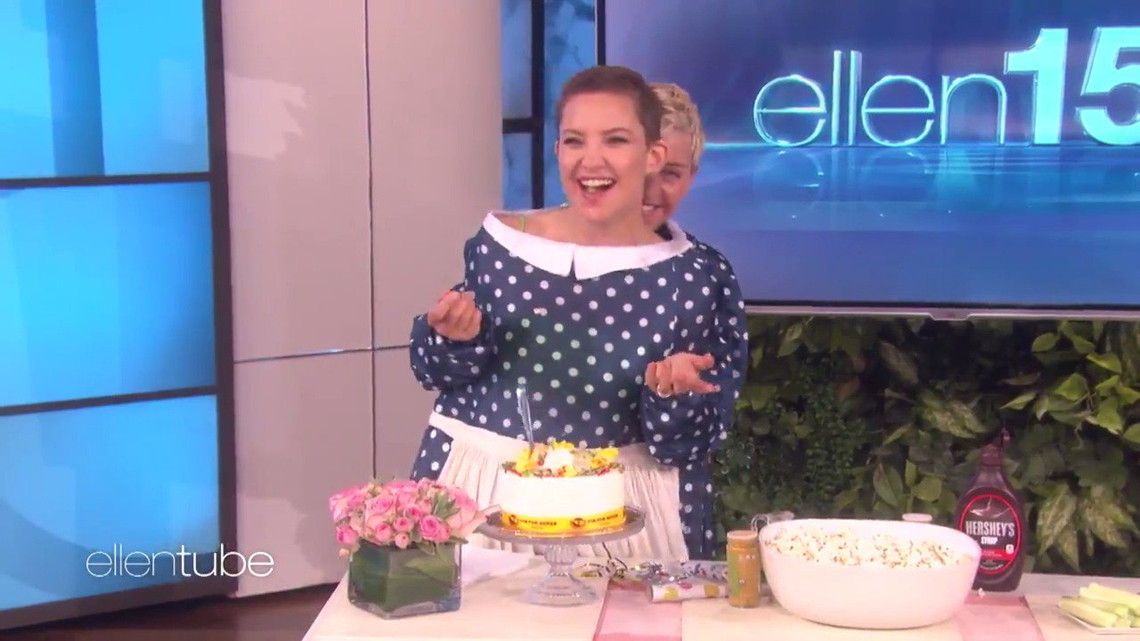 I never realized how much Kate Hudson loves booze and cake. https://t.co/JtrZU2spA5