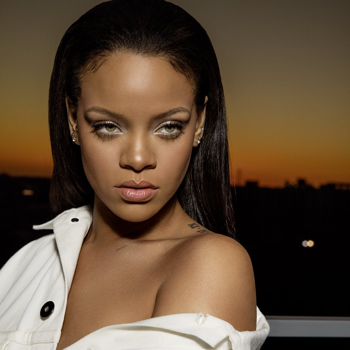 biography of rihanna Born on february 20, 1988 in st michael parish on the caribbean island of barbados, robyn rihanna fenty was thecontinue reading.