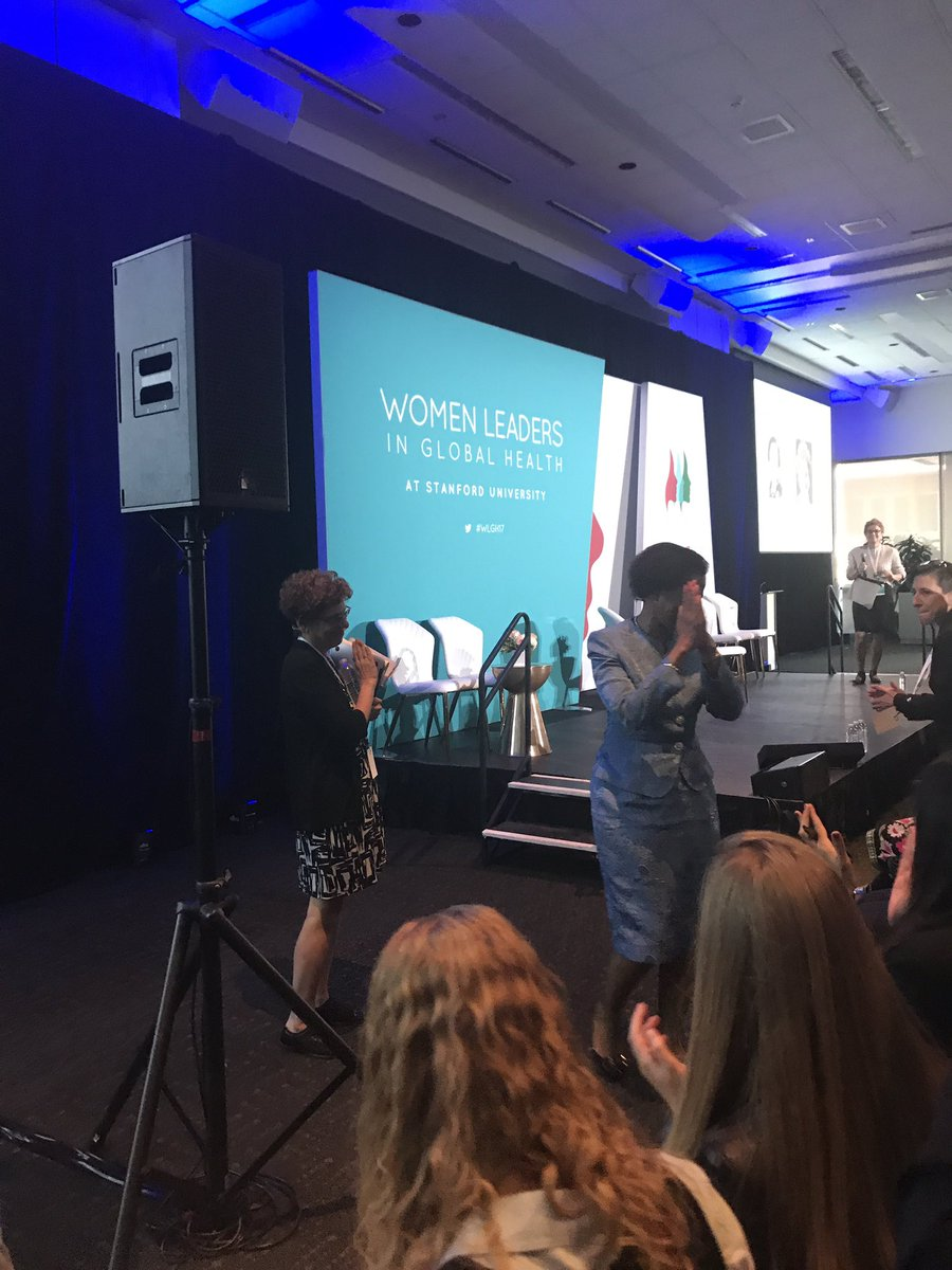 We need to have a civil duty says @MamphelaR Train people early on! #WomeninGH #WLGH17 - Standing innovation! https://t.co/fXh1SM5EIC