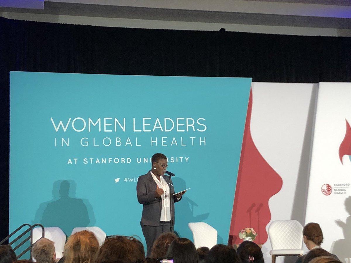 #ILookLikeASurgeon in the house! @AnneteBongiwe 👏👏👏 Great ⚡️⚡️ round talk. #WLGH17 #WomenInGH https://t.co/wkhgvQ0xob