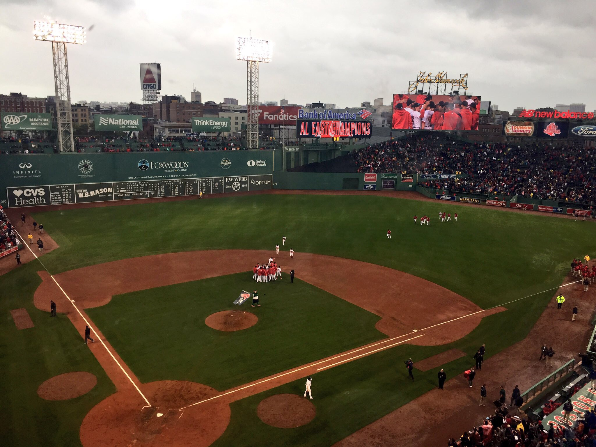 Red Sox are AL East Champs. Sets up for a fun series next week. https://t.co/96caAQKKkJ