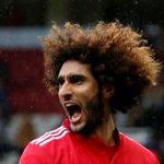 Fellaini double helps Man United crush Palace 4-0