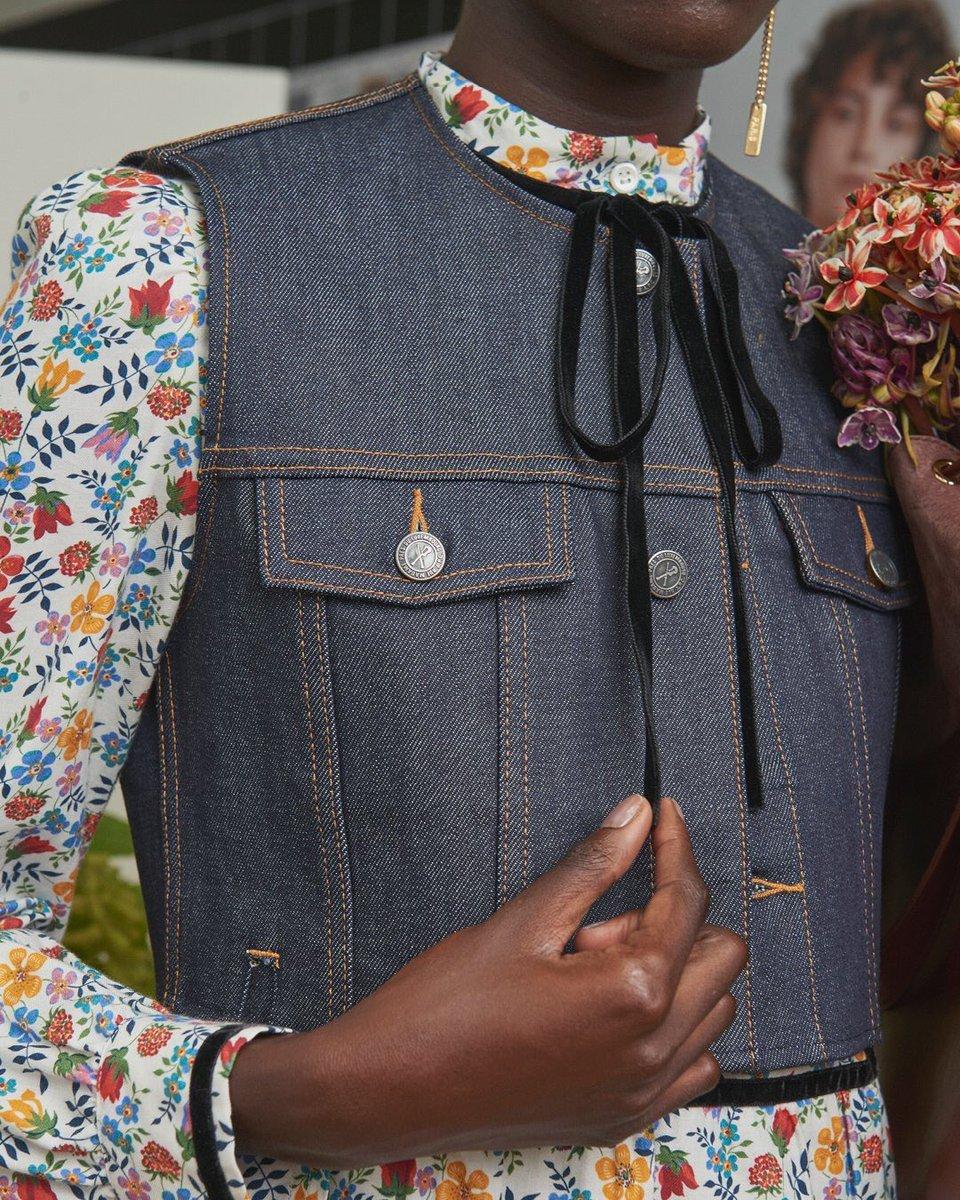 #APC 2018年 春夏コレクション FEMME https://t.co/wh8AZLyeCt