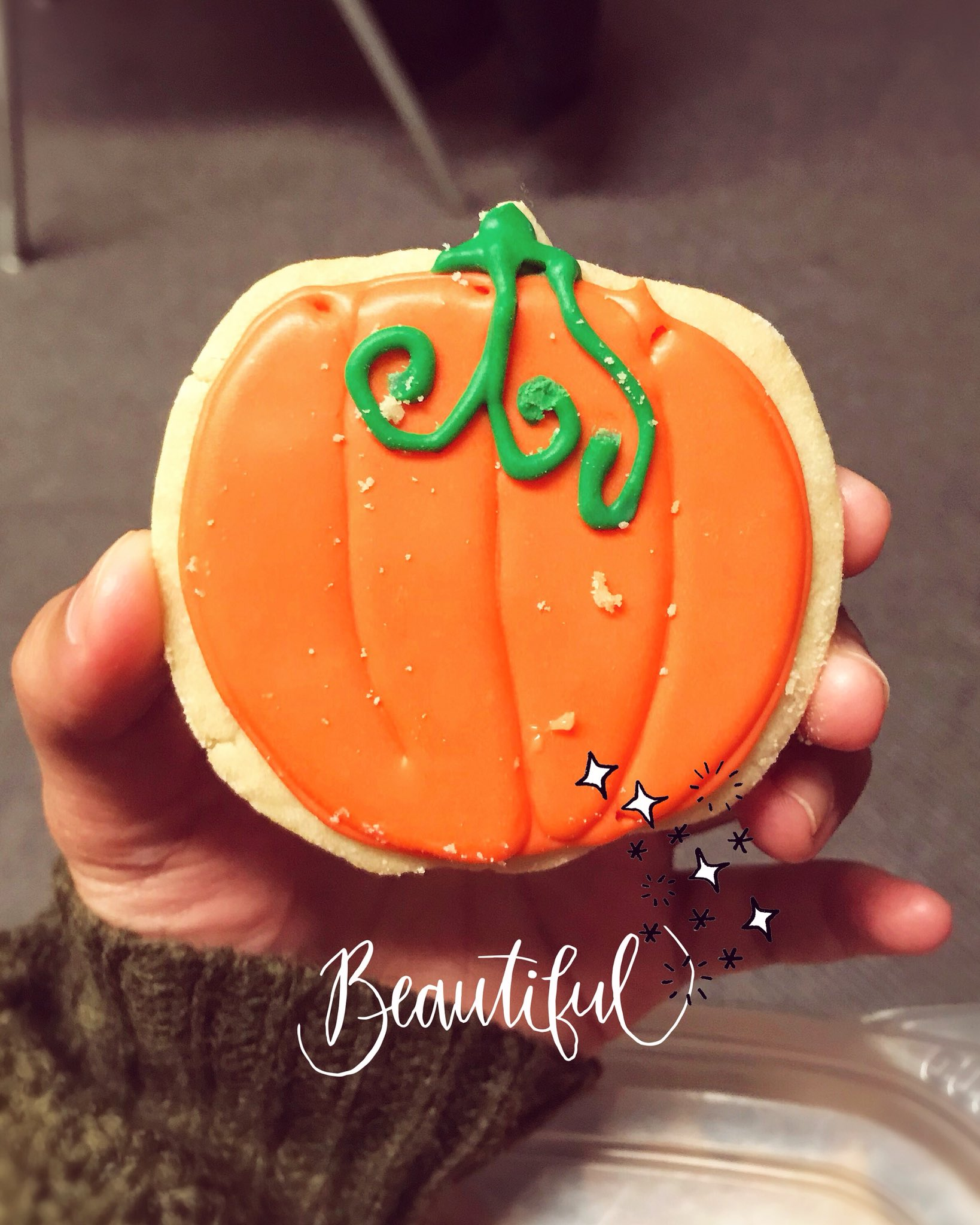 Happy October 1st Foodies! #Foodiechats #October #pumpkin #foodies https://t.co/eNlNsTRhaa