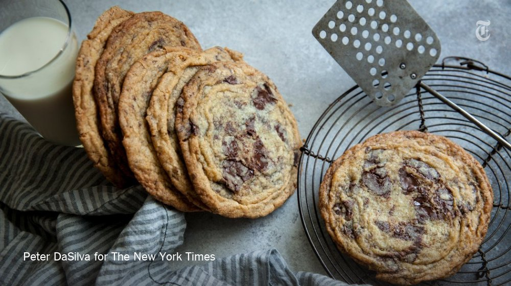 A chocolate chip cookie, thin with crisp ripples that run to the edges, finds Instagram fame https://t.co/wzxKOtLHKi https://t.co/swD6bleBsQ