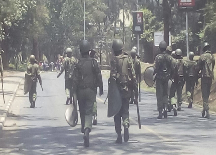 ANTI-IEBC DEMOS: Kisumu Police officers forced to retreat after running out of tear gas