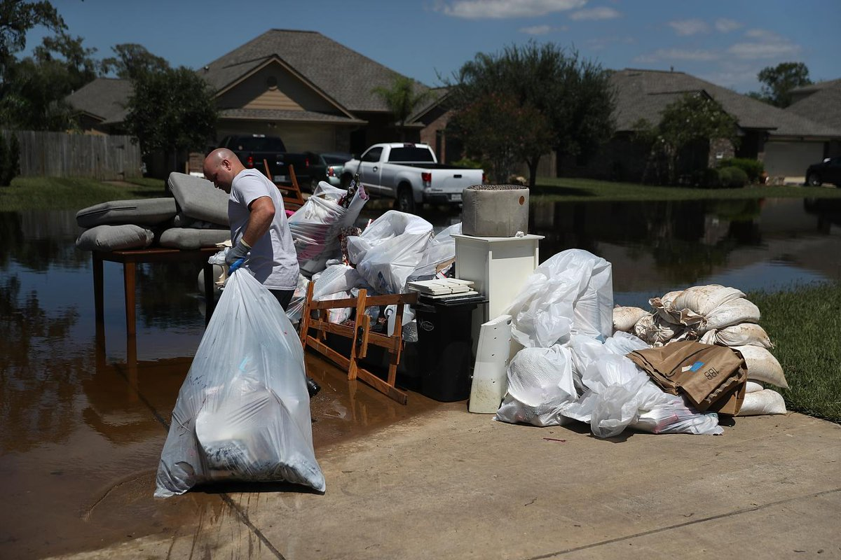 How Hurricane Harvey is affecting victims' health