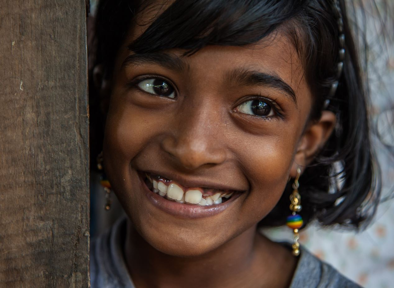 Smile those Monday blues away!  ��  Thanks for the photo @UNICEF_SriLanka   #MondayMotivation https://t.co/KL5NbUPhNB