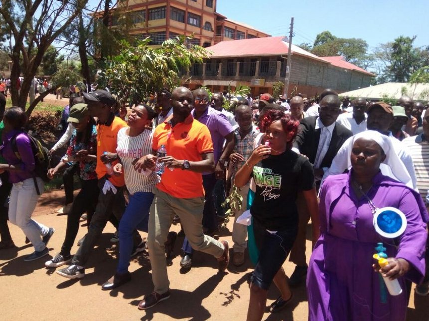 Man dies after inhaling teargas during Siaya anti-IEBC demos