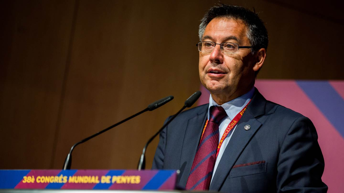 �� [LIVE] Follow the press conference with FC Barcelona president, Josep Maria Bartomeu https://t.co/4KNhCf1S3D https://t.co/T5JMTNBnNz