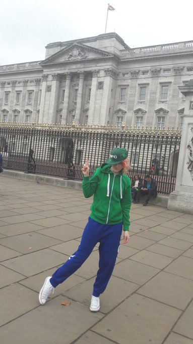1 pic. Getting that @MyFreeCams swag all over London #mfc https://t.co/zB9aIcmXvK