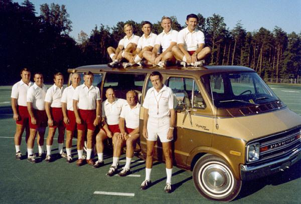 The 1974 Redskins coaching staff poses with a Plymouth Voyager: https://t.co/Hvkhzt10Uf