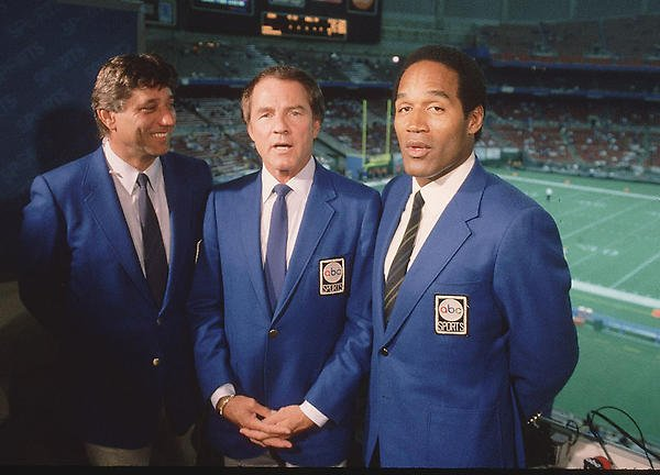 Monday Night Football announcers Joe Namath, Frank Gifford and O.J. Simpson in 1985 https://t.co/e08n6D9e9Y