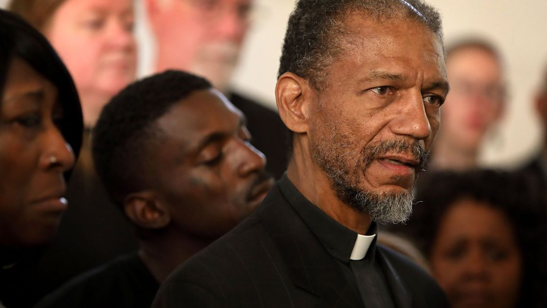 St. Louis faith leaders criticize arrest, pepper-spraying of clergyman at protest