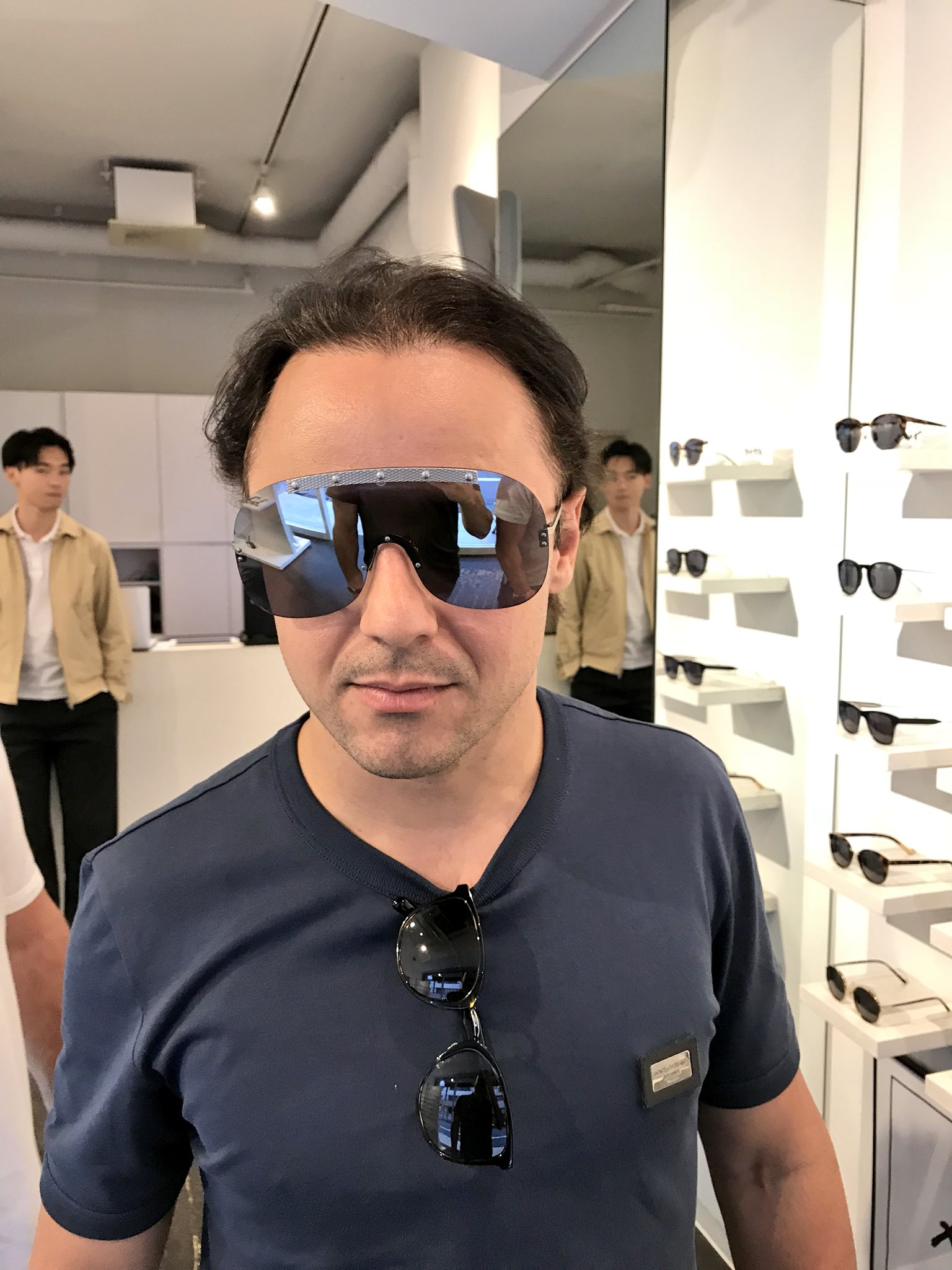 新しいサングラス @MassaFelipe19 ���� shopping sunglasses in Tokyo https://t.co/RgzDrAX0EX