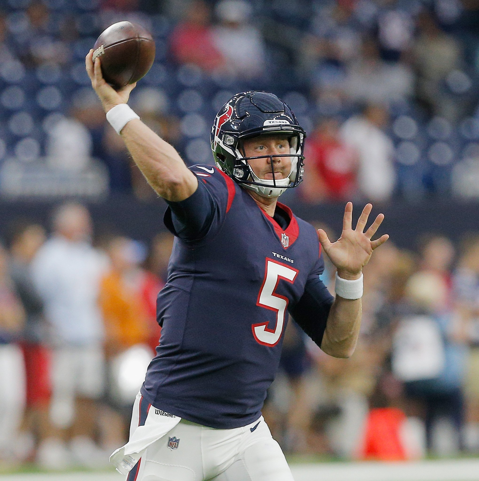 Titans plan on signing QB Brandon Weeden with Marcus Mariota day-to-day, per @AdamSchefter https://t.co/1v2GQQ660R https://t.co/yQwAwaJZW5