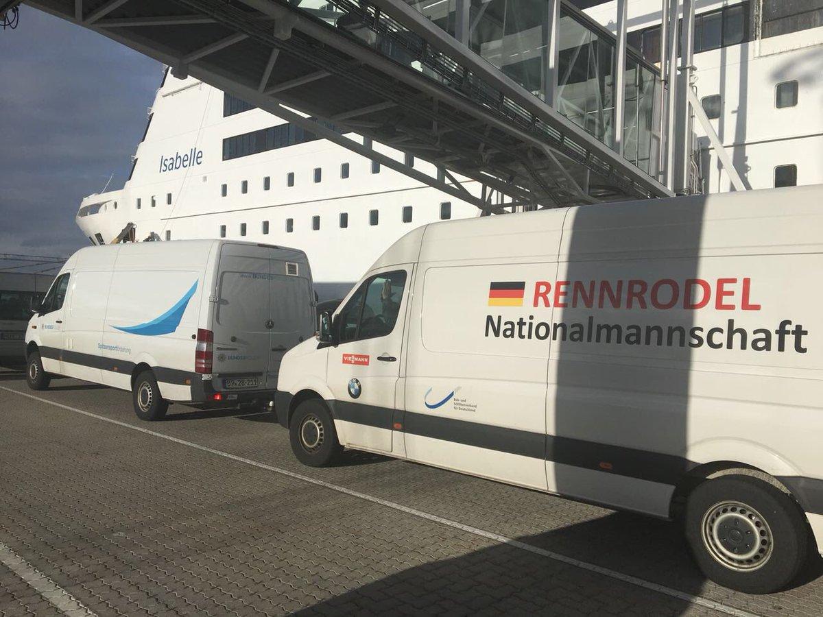 Die Rennrodel Nationalmannschaft des BSD ist auf dem Weg von Norwegen nach Lettland #WirfuerD #LugeLove #BSDteam https://t.co/f5io531orV