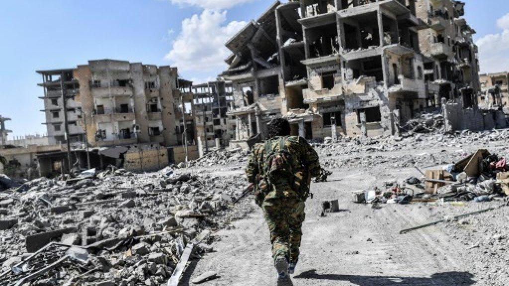 US-led strike kills 18 civilians in Syria's Raqa: monitor