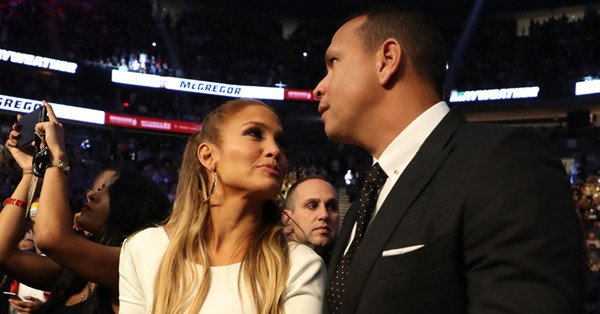 "Alex Rodriguez's daughters consider him a ""hero"" for dating Jennifer Lopez:"