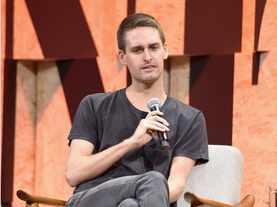 Evan Spiegel says this is the top thing his employees have asked him to get better at https://t.co/dUDB9B4Yv3 https://t.co/mGH2XWfqYu