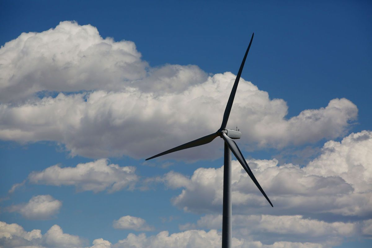 Wind conference highlights Wyoming's fiscal troubles, and how hard it is to fix them