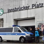 10,000 evacuate in Berlin for WWII bomb removal
