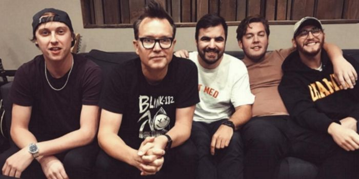 Is this a dream? State Champs are in the studio with Blink-182's Mark Hoppus! https://t.co/kMOplt3cs4 https://t.co/wADPB53uOf