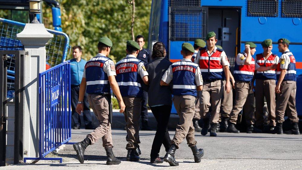 Turkey sentences 40 to life for trying to kill Erdogan