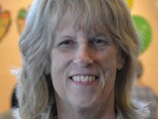 Rita Holt, ex-Detroit News features editor, dies
