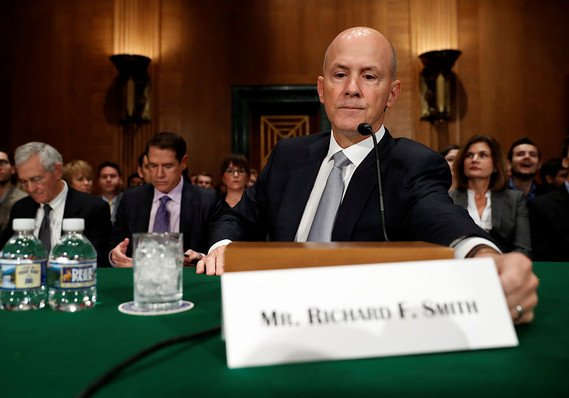 Senators ask why consumers shouldn't have power over data Equifax collected on them https://t.co/GZpqWXfnE8 https://t.co/w3lO4UAE8h