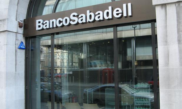 ÚLTIMA HORA ��| El Sabadell se reúne esta tarde para aprobar el cambio de domicilio social https://t.co/timQwNwPsW https://t.co/AbcwGPGNRb