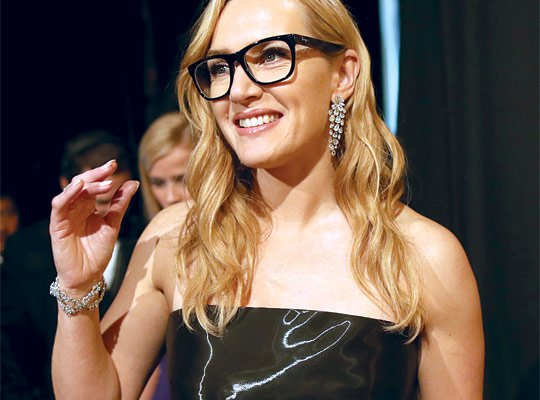Happy birthday to the lovely Kate Winslet! Pic | Pinterest Glasses | | SF 2766