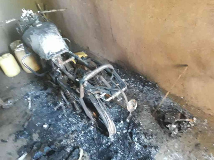 Bungoma man sets house on fire with wife, kids inside after quarrel