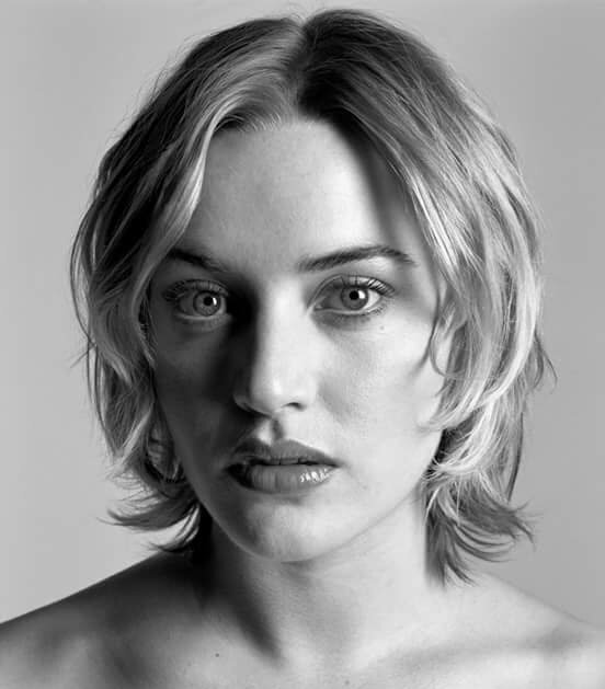 ""\""""5 October"""" is kate Winslet birthday Happy birthday 2 my favorite actress kate""552|629|?|en|2|3bcfe598c4ba46c3fe2c650d813d01ae|False|NSFW|0.30996301770210266