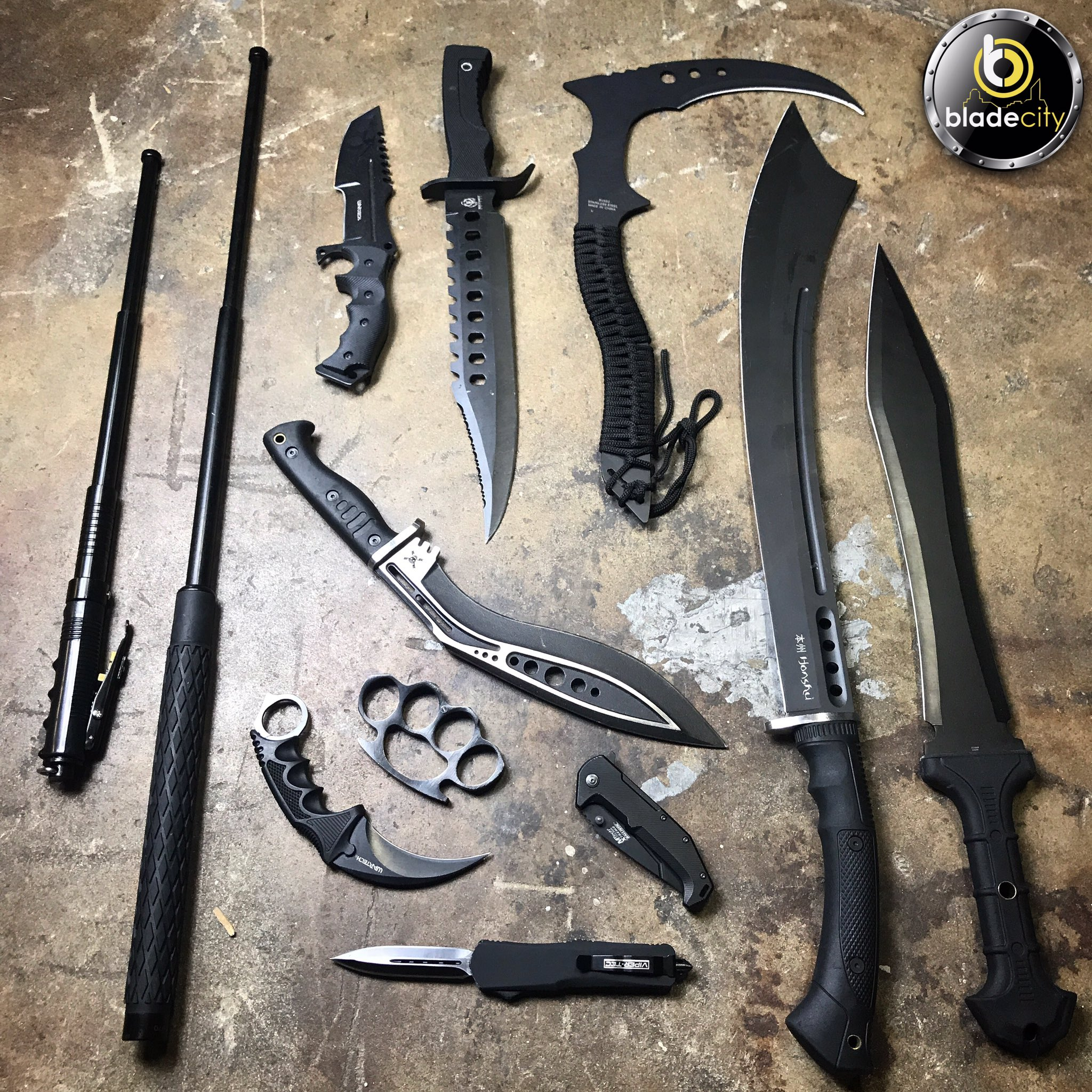 The black out set ��⚔️ SHOP KNIVES �� https://t.co/LBNNZ40j2k https://t.co/8E3ENAuwQw