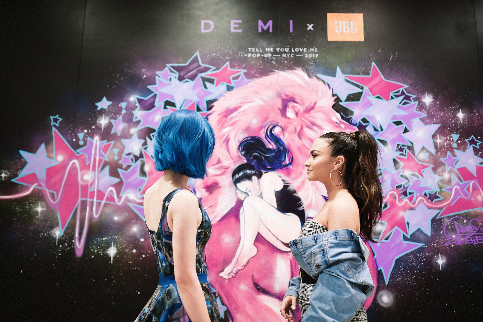 #TBT Thank you @LoraZombie for the incredible work you did at the #JBLxDemi popup in NYC!! You are incredible ❤️ https://t.co/bX6f1U8RcS