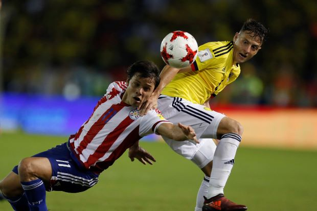 Late goals give Paraguay vital win over Colombia