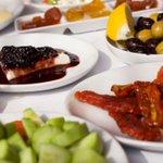 Turkey's 'voluptuous' breakfast for one