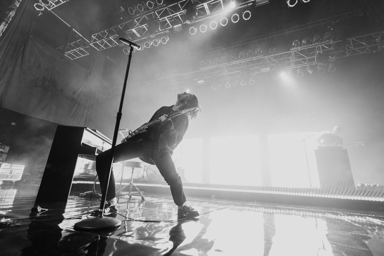 .@ThisisLANY performing live at the @HOBHouston. Photos by @ariefstark. https://t.co/UzlJhHYLr2
