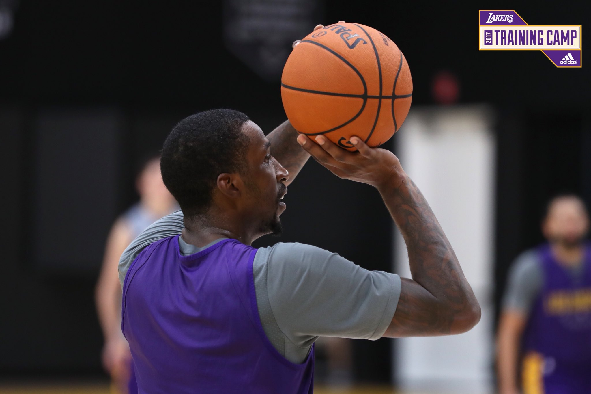 Friday grind #LakeShow https://t.co/qQD0IF48fH