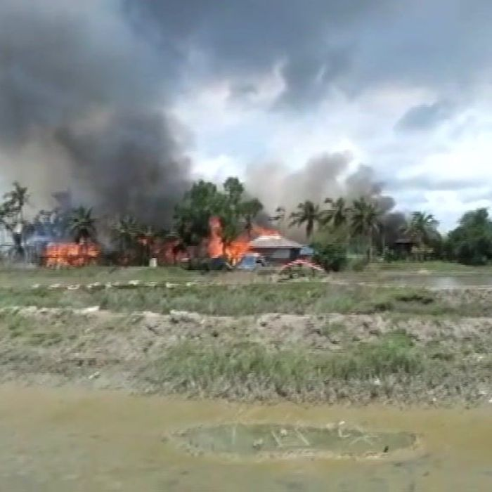 Myanmar: Video shows bodies and burning villages as army 'continues campaign' against Rohingya Muslims
