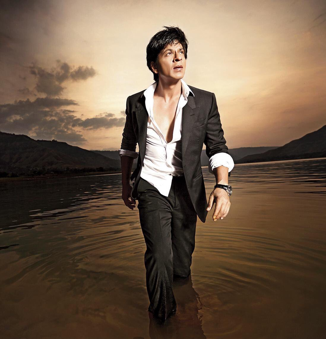 Shah Rukh Khan: 'To me nothing comes in the way of my art, whether it is stardom or failure.' #KingSays https://t.co/kvgplfUUI0