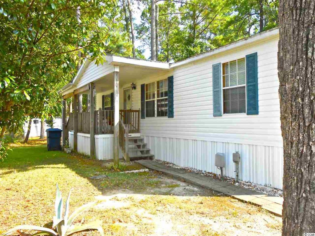 Ready for a change? This 3 BD/ 2 BA in Myrtle Beach won't be on the market long.  https://t.co/MvxfdJmOdz https://t.co/gSW5JFokRI