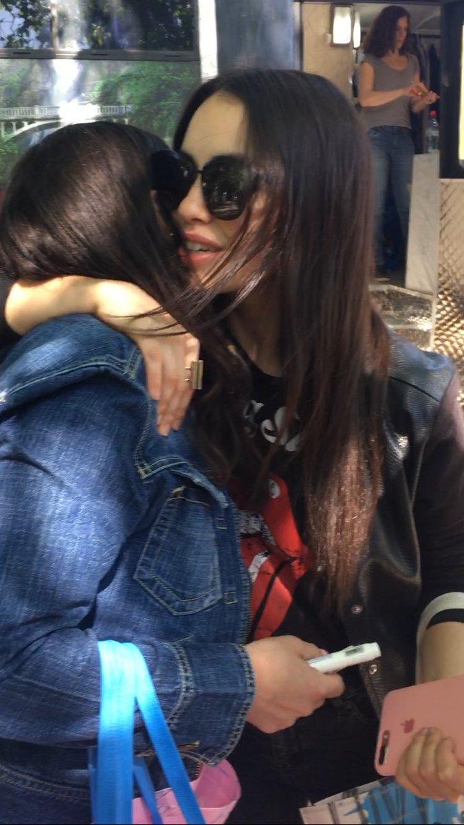 todo lo que necesito en este momento #Lali #UnaNa #Lalitas #KCAArgentina https://t.co/YATLI0qAuW