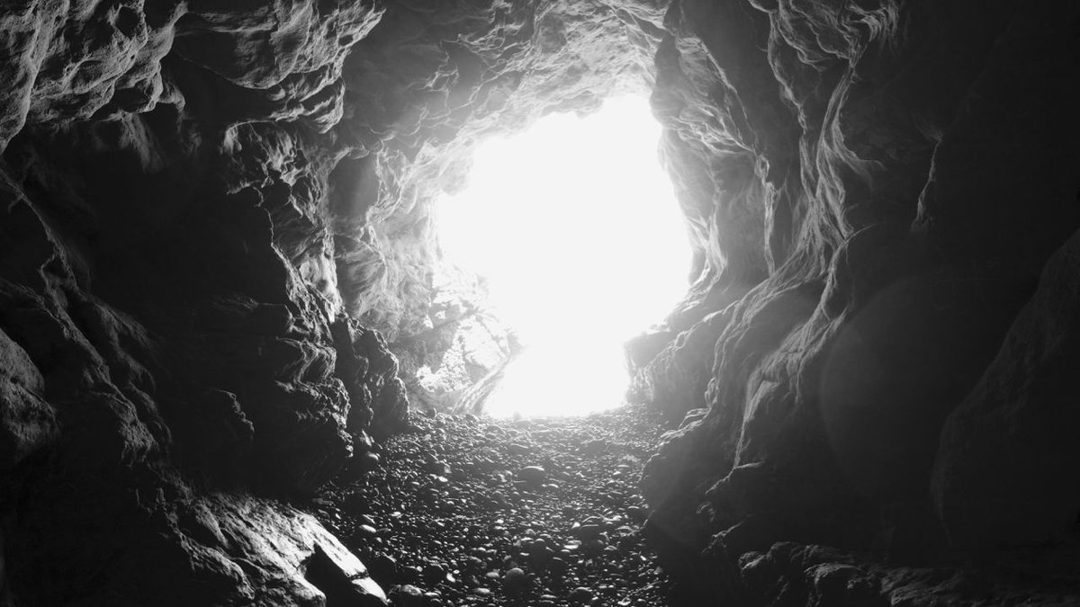 Taken in one of the caves at Leo Carrillo Beach over in Malibu: https://t.co/ELJaYWeNkI https://t.co/kaNmebRew9