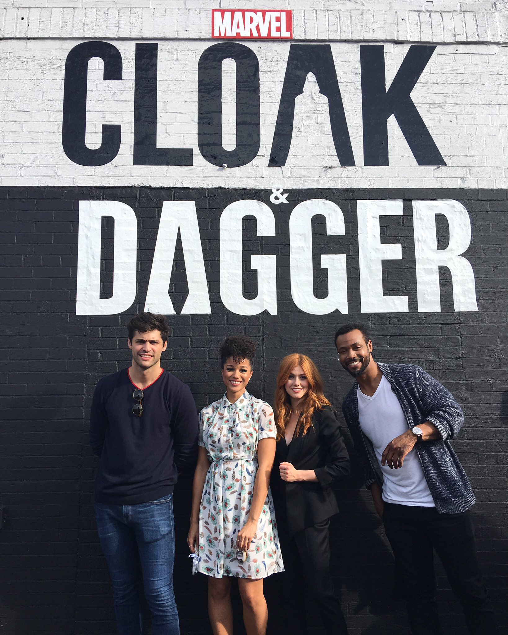What a crew. Killin' it in front of @Marvel's @CloakAndDagger wall at #NYCC. #ShadowhuntersNYCC https://t.co/2Onzo5Smex